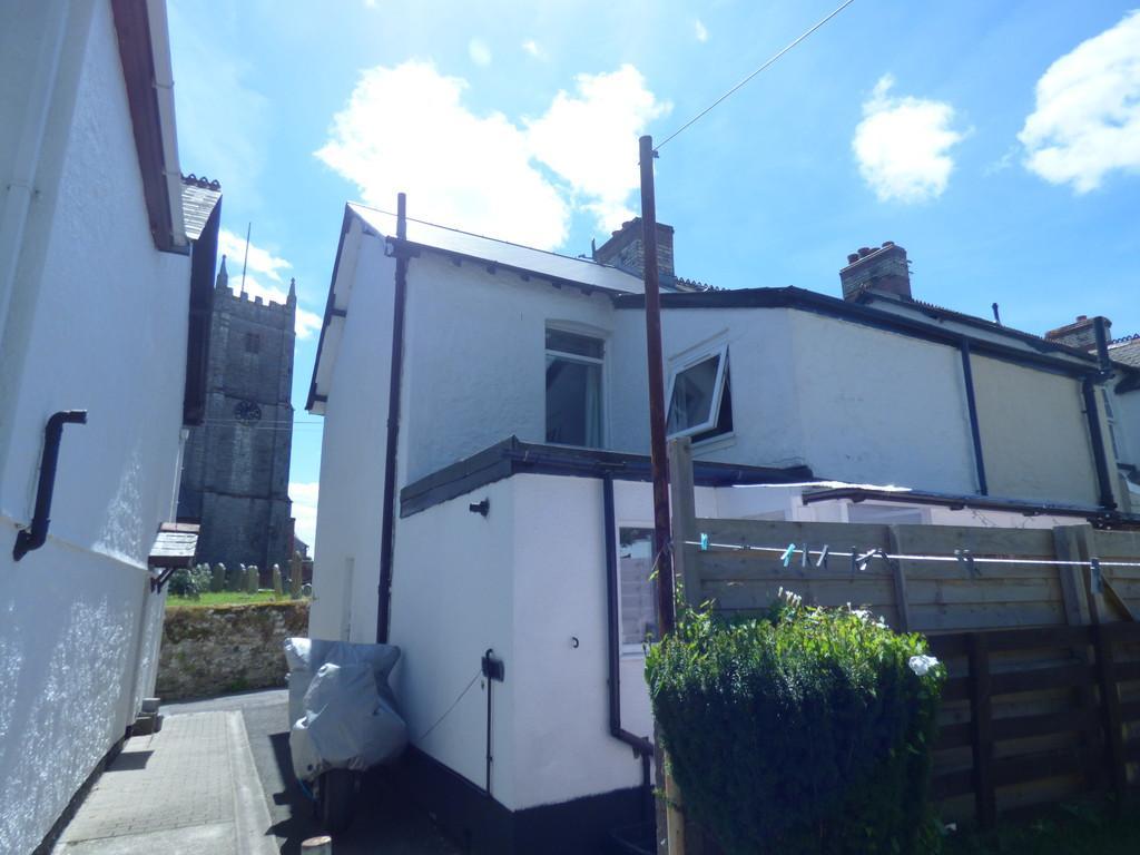 2 Bedrooms Semi Detached House for sale in Sandpath Road, Kingsteignton, TQ12 3BG