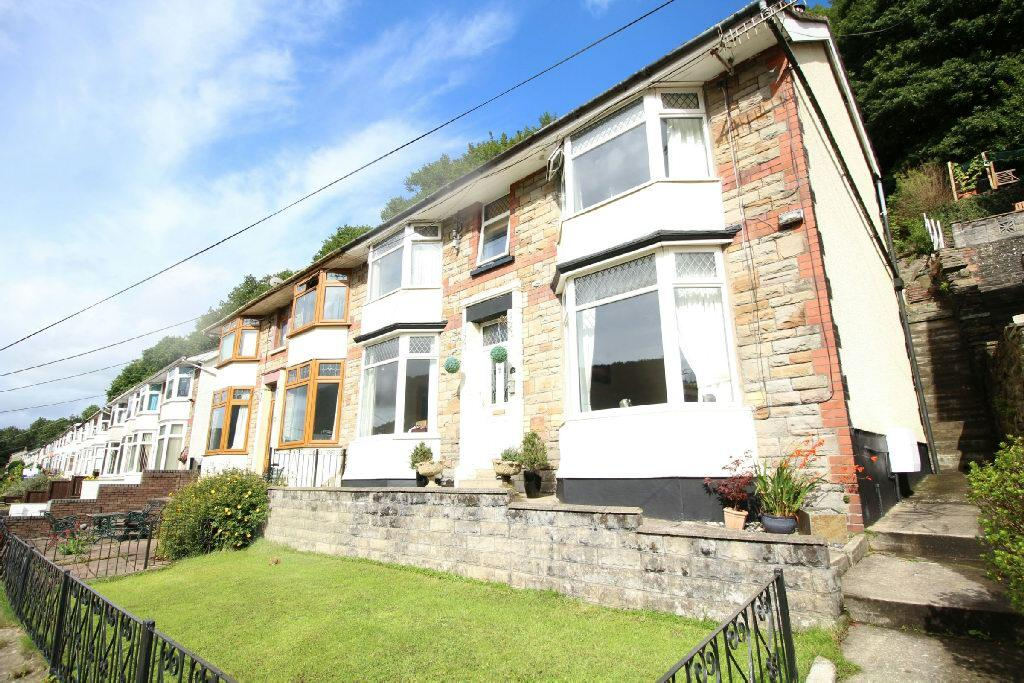 3 Bedrooms Semi Detached House for sale in Rhyswg Road, Newport