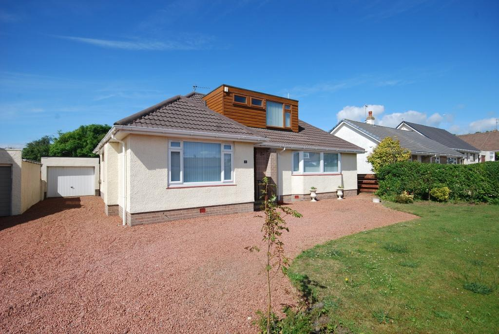 5 Bedrooms Detached Bungalow for sale in 13 Arran Road, Troon, Barassie, KA10 6TD
