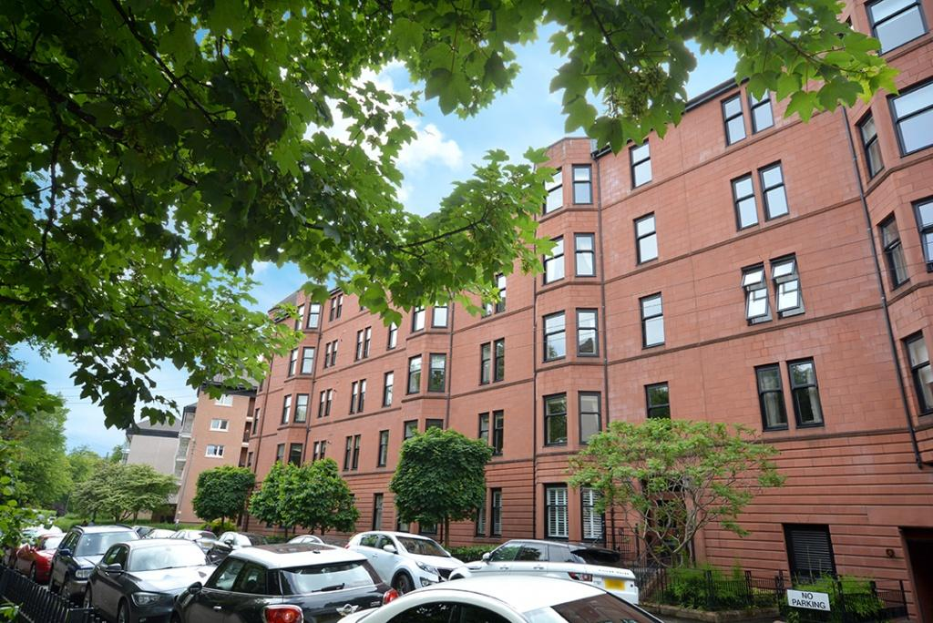2 Bedrooms Apartment Flat for sale in 21, Kingsborough Gate, Prince Albert Road, Hyndland, G12 9JU