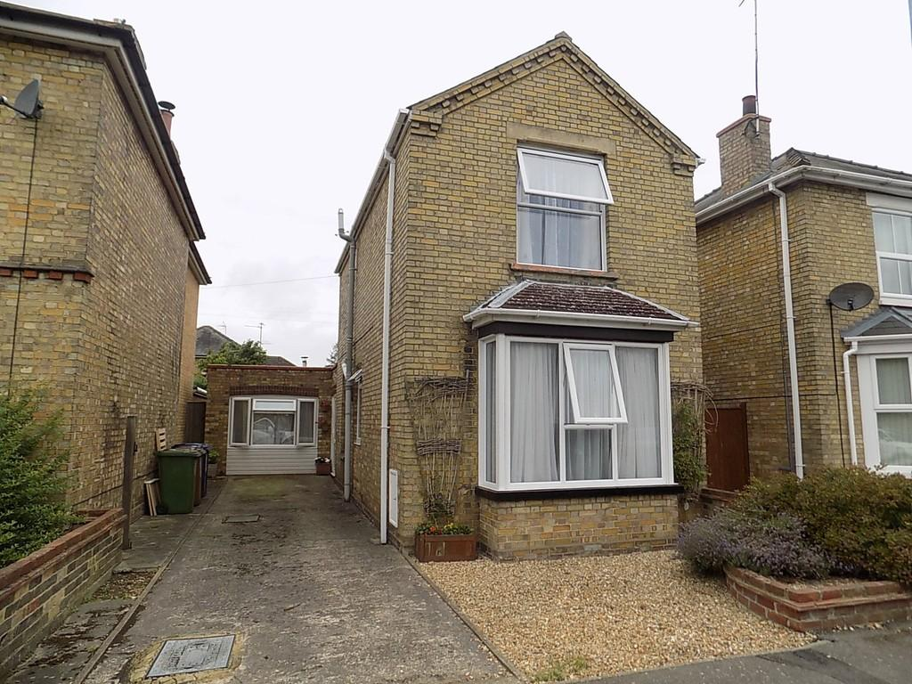 3 Bedrooms Detached House for sale in Cromwell Road, March