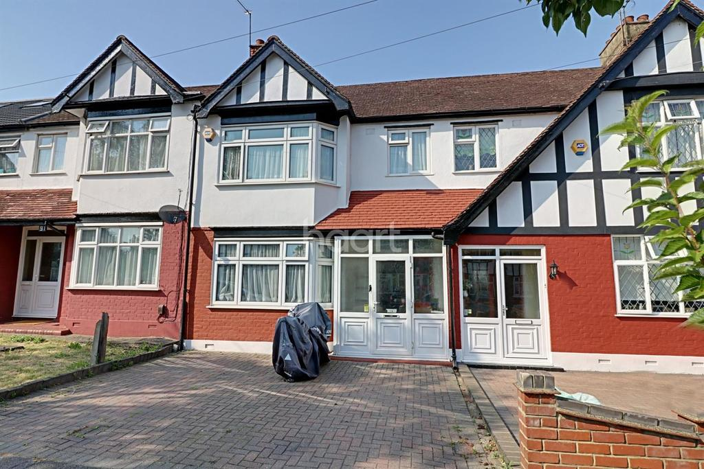 4 Bedrooms Terraced House for sale in Otley Drive, Gants Hill