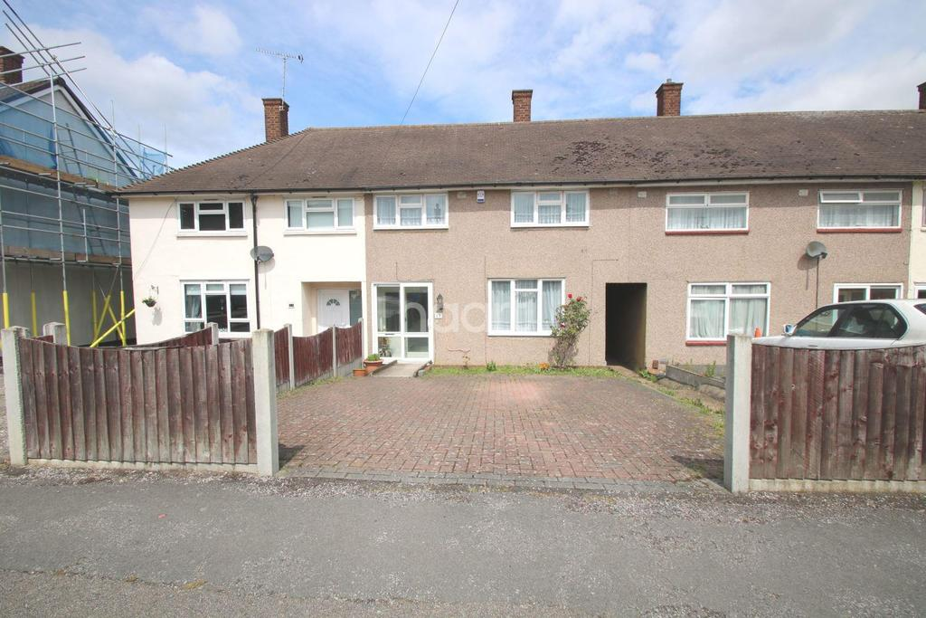 3 Bedrooms Terraced House for sale in Newbury Gardens, RM3 8HH