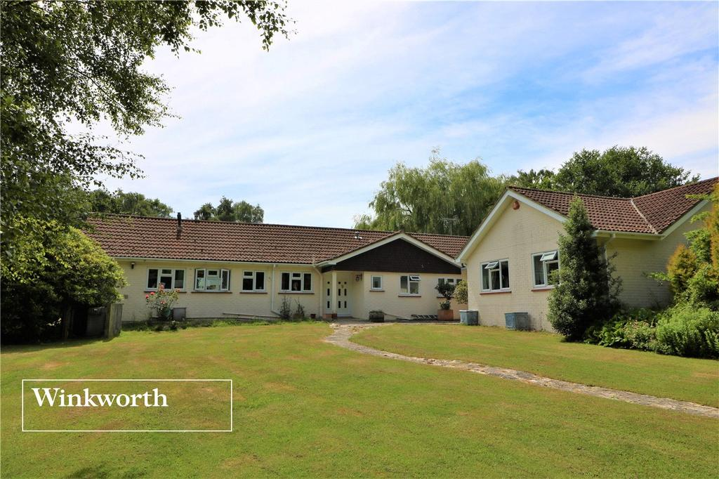 5 Bedrooms Detached Bungalow for sale in Broadmead, Sway, Lymington, Hampshire, SO41