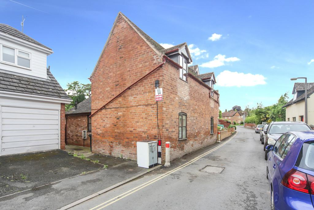 2 Bedrooms Cottage House for sale in Berrington Road, Tenbury Wells, Worcestershire, WR15 8EL
