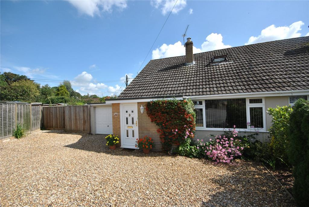 3 Bedrooms Bungalow for sale in South View, Bradford Abbas, Sherborne, DT9