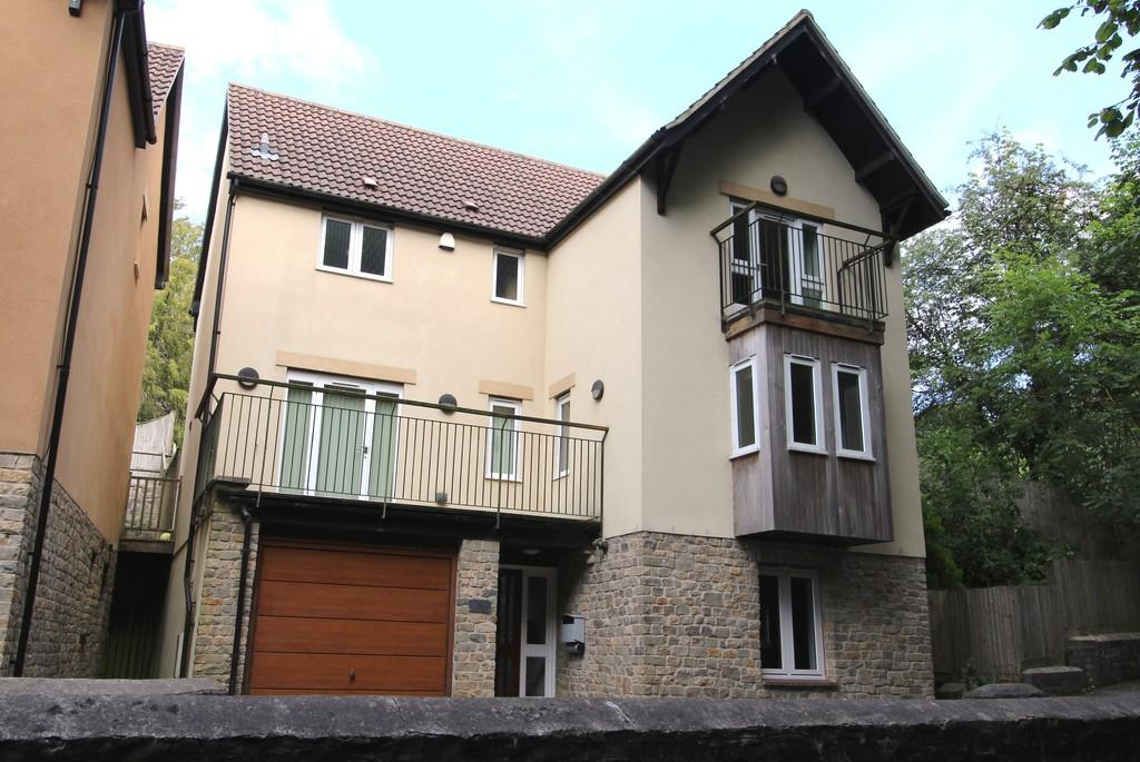 4 Bedrooms Detached House for rent in Church Town, Backwell