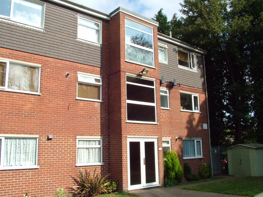 1 Bedroom Flat for sale in Monks Walk, BUNTINGFORD, Hertfordshire