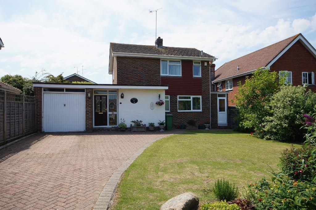 3 Bedrooms Detached House for sale in Penfold Way, Steyning, BN44 3PG