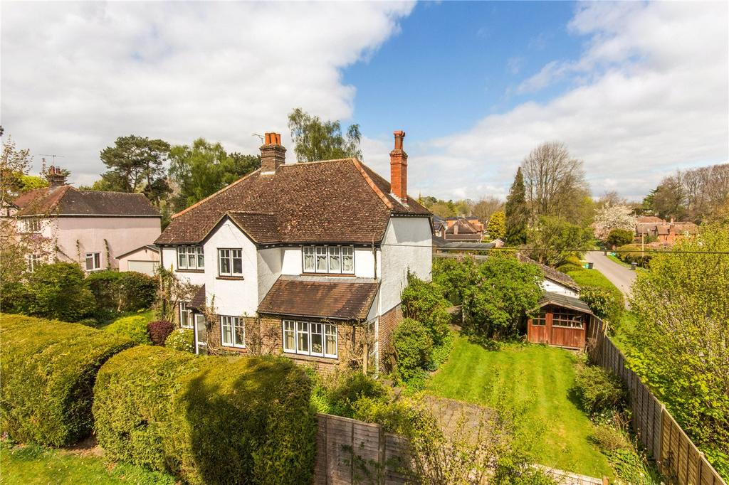 4 Bedrooms Detached House for sale in Downside Road, Winchester, Hampshire, SO22