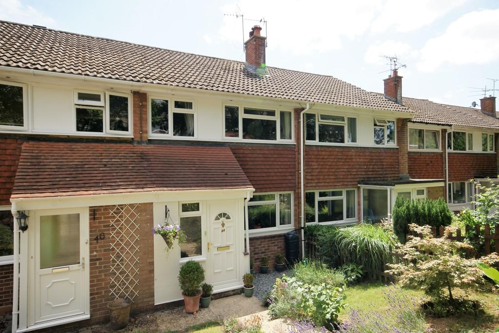 3 Bedrooms Terraced House for sale in Kellynch Close, ALTON, Hampshire