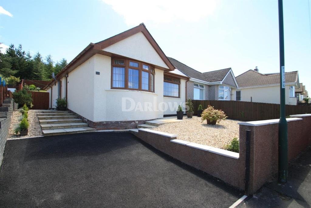 2 Bedrooms Bungalow for sale in Hereford Road, Beaufort, Ebbw Vale, Gwent