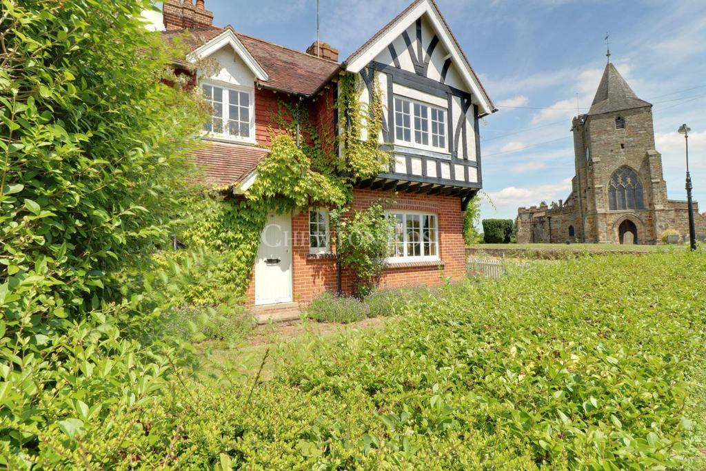 3 Bedrooms Semi Detached House for sale in Ticehurst, East Sussex. TN5
