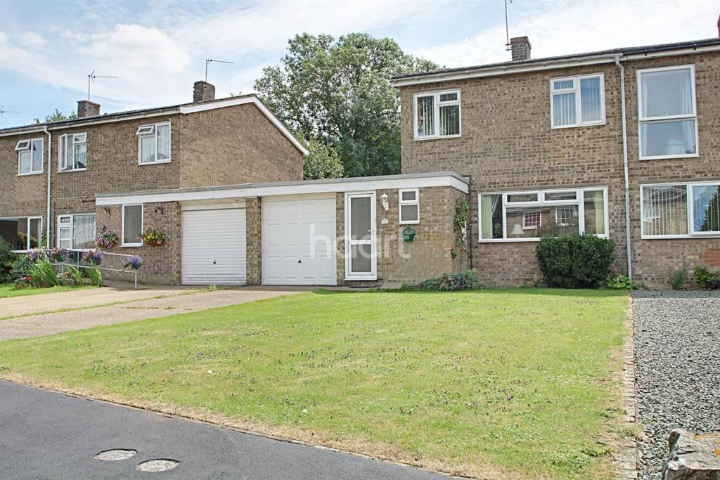 3 Bedrooms Semi Detached House for sale in Sutton Court, Sutton
