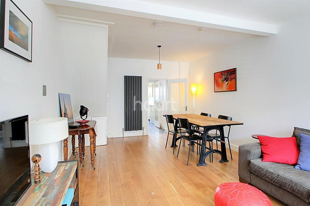 3 Bedrooms Terraced House for sale in Aldworth Road, London, E15