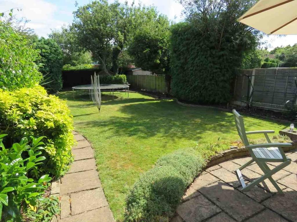 3 Bedrooms Detached House for sale in Yew Tree Lane, Solihull