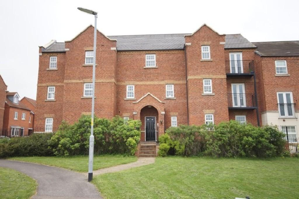 2 Bedrooms Flat for sale in Fulmen Close, Lincoln