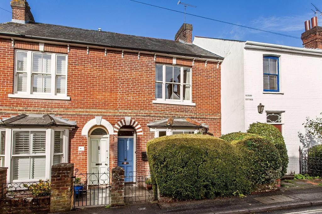 3 Bedrooms Terraced House for sale in Culver Road, Winchester, SO23