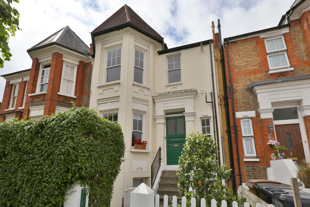 3 Bedrooms Apartment Flat for sale in Linthorpe Road, London