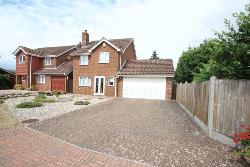4 Bedrooms Detached House for sale in Godfrey Evans Close, Tonbridge