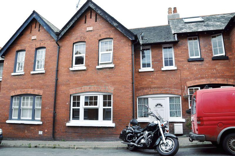 2 Bedrooms Terraced House for sale in Upper Church Street, Exmouth