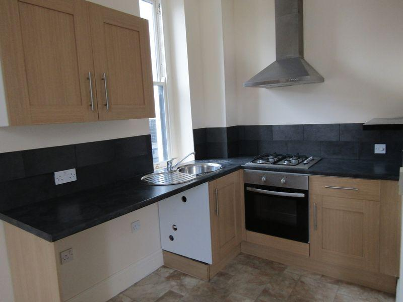 2 Bedrooms Apartment Flat for sale in Penrhyn Road, Colwyn Bay