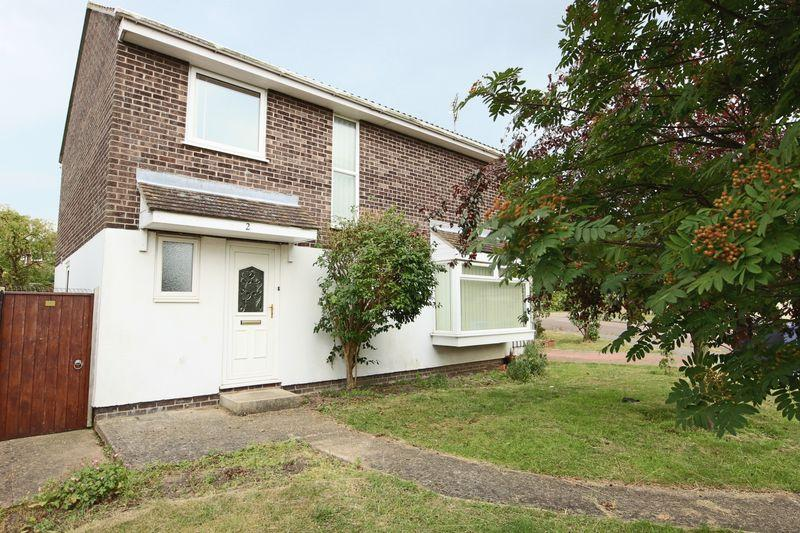 4 Bedrooms Detached House for sale in Knightswood, Lowestoft