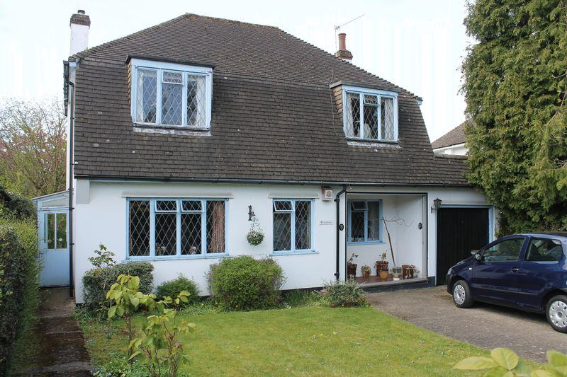 3 Bedrooms Detached House for sale in FETCHAM