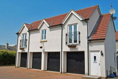 2 bedroom coach house to rent - Level approach to Clevedon Town Centre