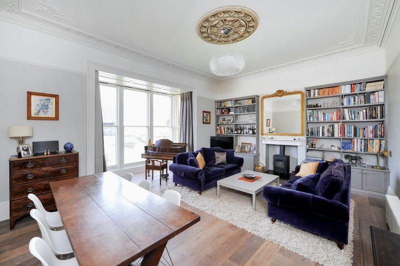 2 Bedrooms Apartment Flat for sale in Cotham Road, Cotham