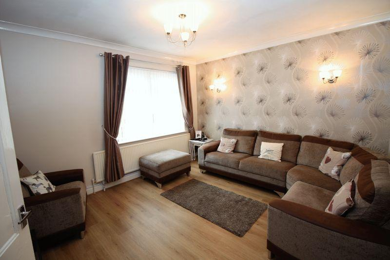 3 Bedrooms Apartment Flat for sale in St Barnabas Road, Middlesbrough