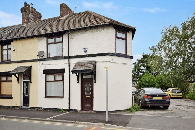 3 Bedrooms End Of Terrace House for sale in Hale Road, Widnes