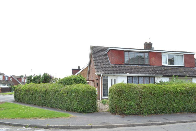 2 Bedrooms Semi Detached Bungalow for sale in Mayflower Close, South Killingholme