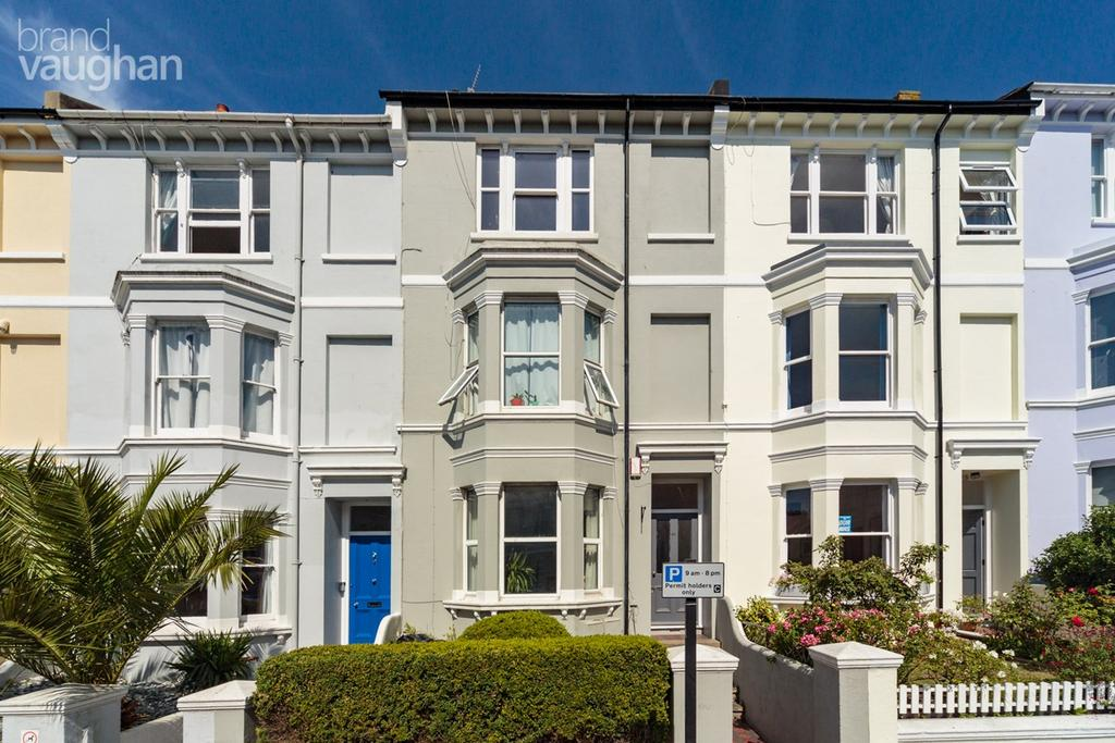 1 Bedroom Ground Flat for sale in Queens Park Road, Brighton, BN2