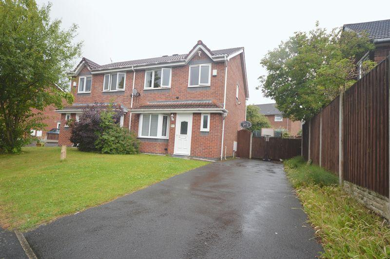 3 Bedrooms Semi Detached House for sale in Kingham Mews, Woolton