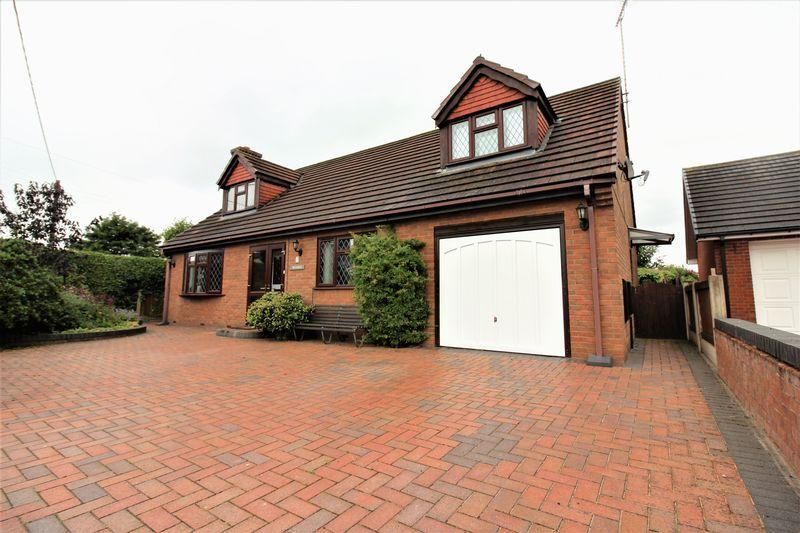 4 Bedrooms Detached House for sale in Higher Common Close, Buckley