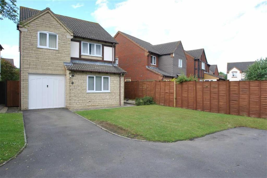 3 Bedrooms Detached House for sale in Acacia Park, Bishops Cleeve, Cheltenham, GL52