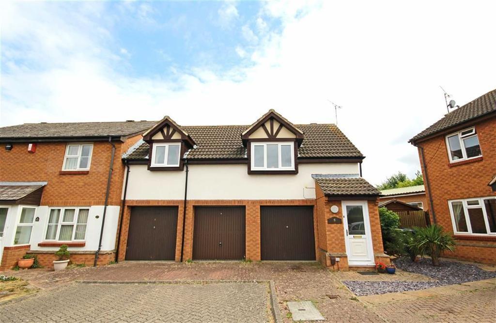 1 Bedroom Flat for sale in Churchfields, Bishops Cleeve, Cheltenham, GL52