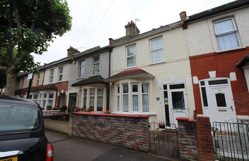 3 Bedrooms Terraced House for sale in Monmouth Road, East Ham E6