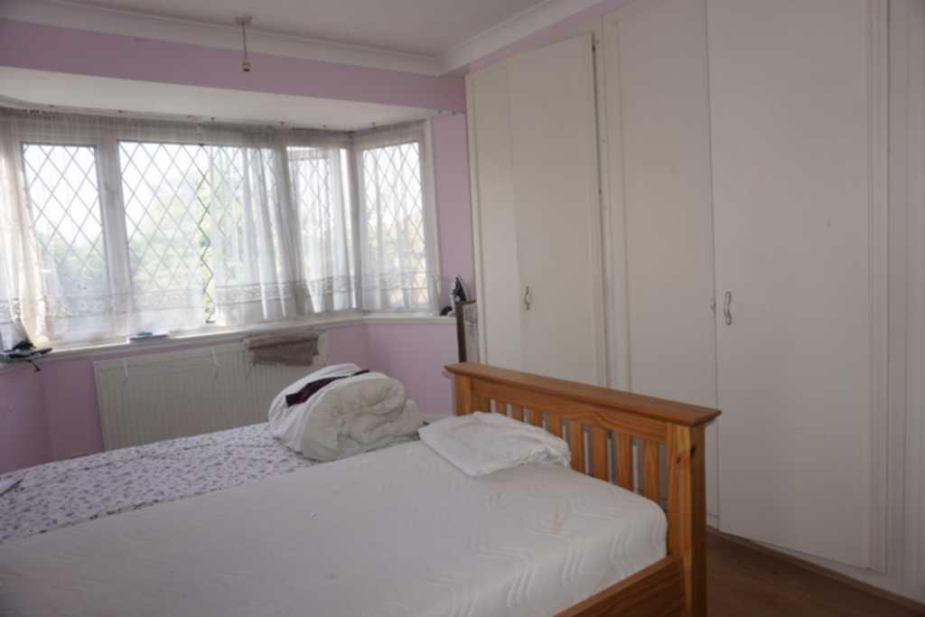 Double Room To Rent Queensbury