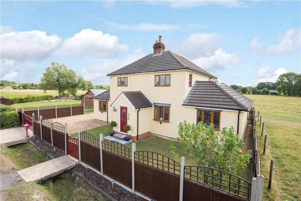 4 Bedrooms Detached House for sale in Bury Road, Shillington, Hitchin, Bedfordshire