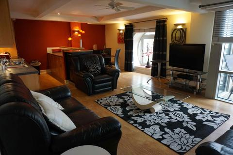 2 bedroom apartment to rent - Broderick Court, 97 Portland Crescent, Leeds, LS1