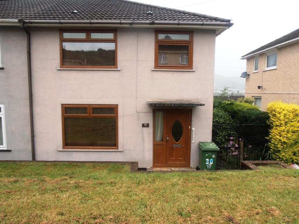 3 Bedrooms Semi Detached House for sale in Maeshyfryd, Aberdare