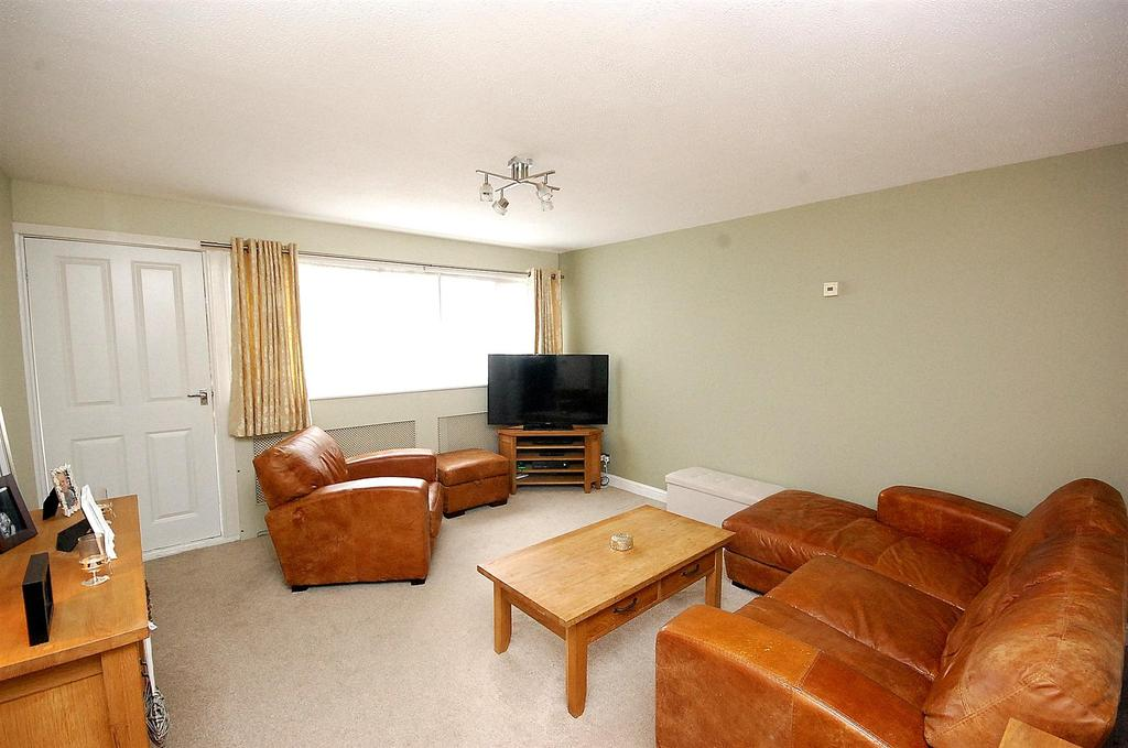 3 Bedrooms Terraced House for sale in Parkfield, Letchworth Garden City
