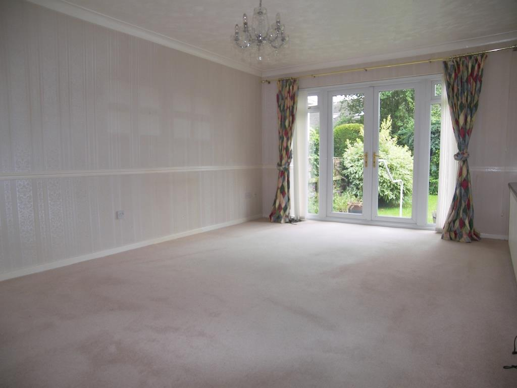 2 Bedrooms Semi Detached Bungalow for sale in Windmill Way, Morpeth