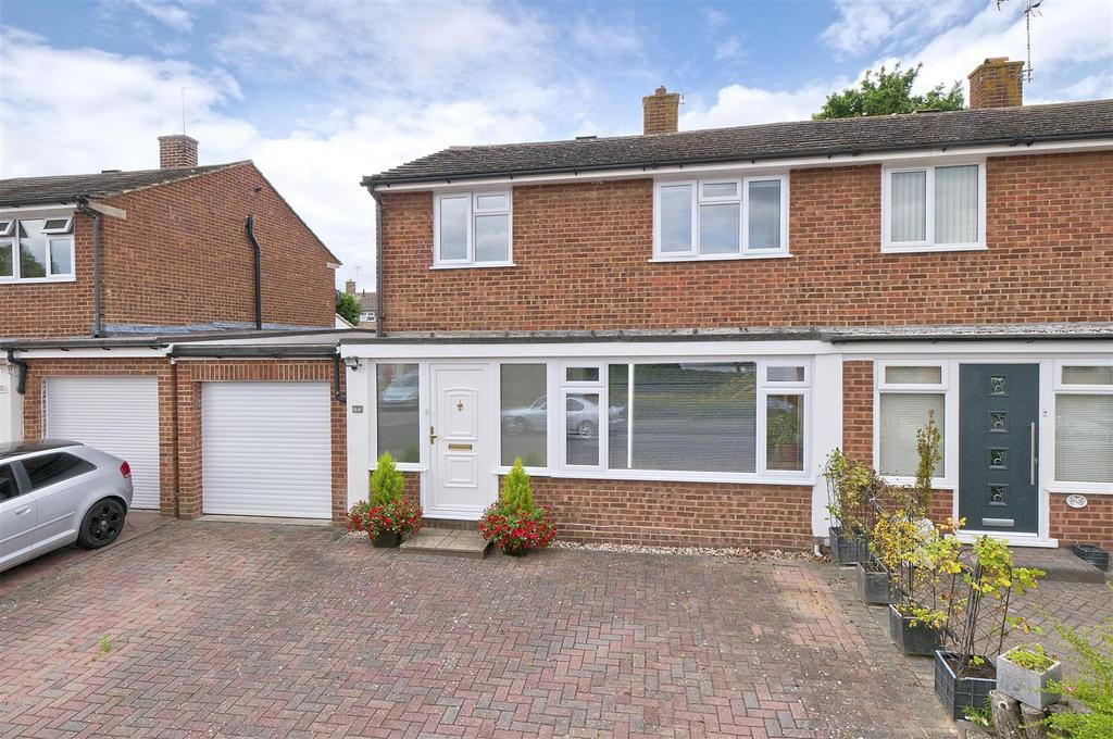 3 Bedrooms Semi Detached House for sale in Forest Road, Paddock Wood, Tonbridge