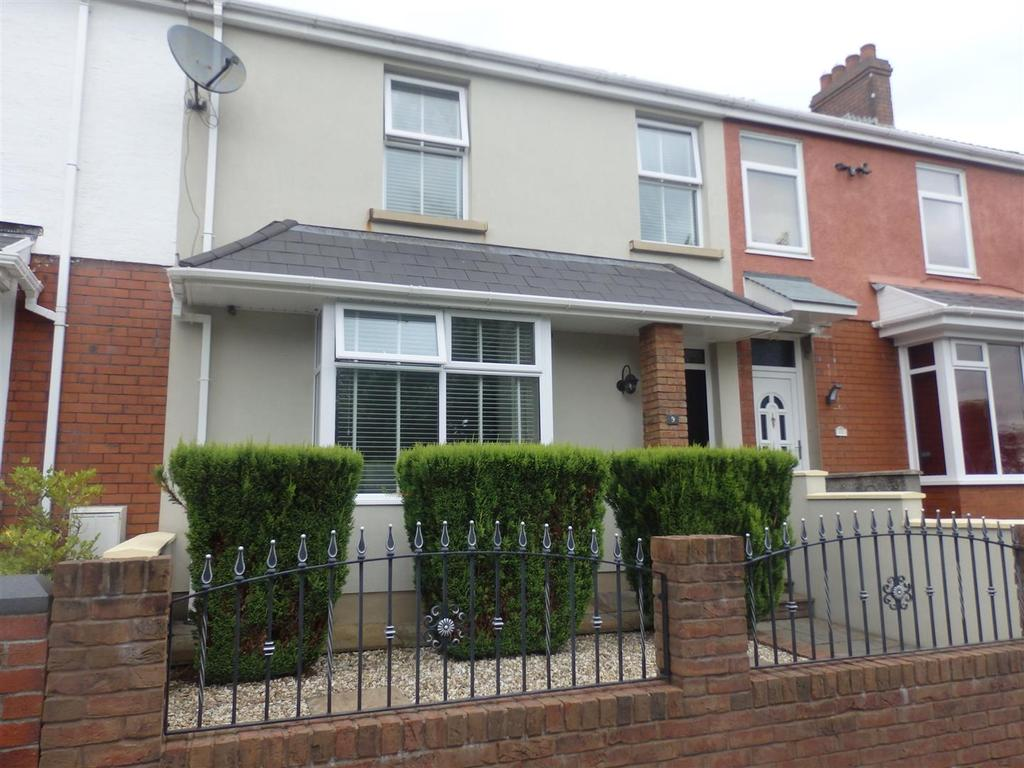 3 Bedrooms Terraced House for sale in Langland Road, Llanelli