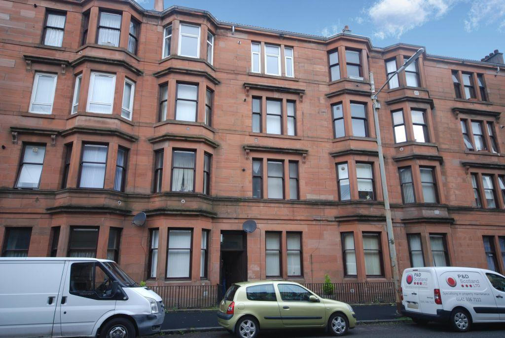 2 Bedrooms Flat for sale in 3/2, 10 Clachan Drive, Govan, Glasgow, G51 4RH