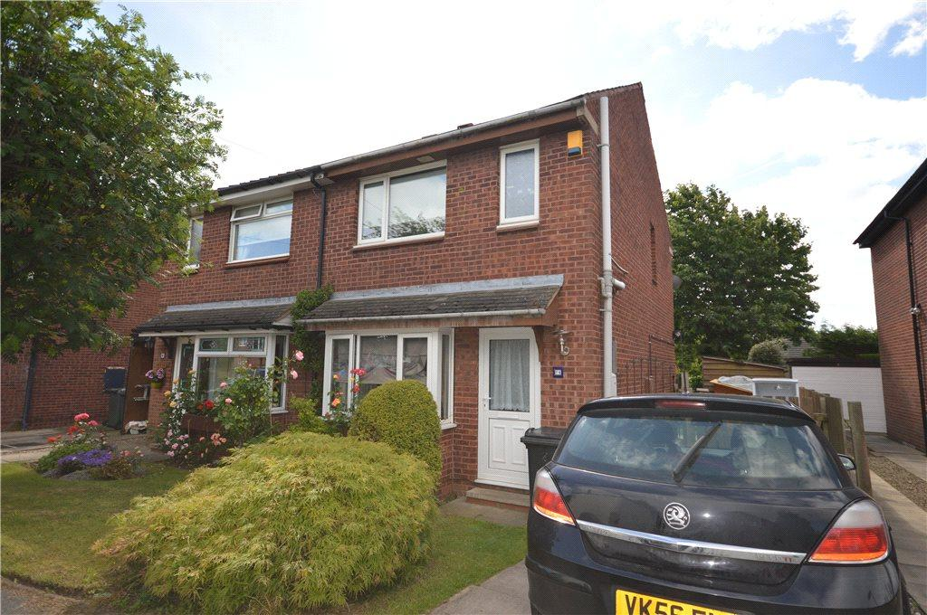 3 Bedrooms Semi Detached House for sale in Melton Avenue, Leeds