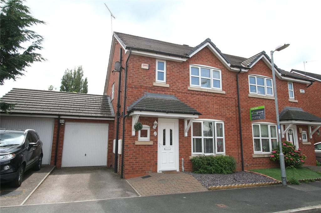 3 Bedrooms Semi Detached House for sale in Spring Gardens, Wrexham, LL11